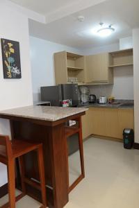 1 BR Condominium, Апартаменты  Себу - big - 2