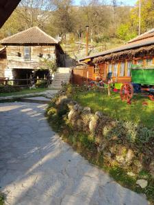 Guest House Lisinski Raj
