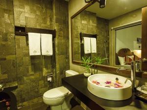 Yeak Loam Hotel, Отели  Banlung - big - 106