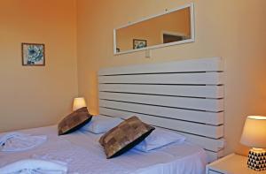 Castello Bianco Aparthotel, Apartmánové hotely  Platanes - big - 5