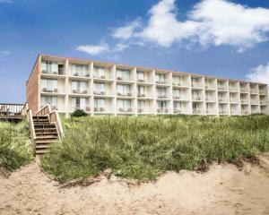 Room with Two Double Beds and Dune View - Non-Smoking