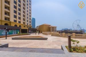 Keysplease Luxury 2 B/R Rimal Beach Apt, Apartmány  Dubaj - big - 25