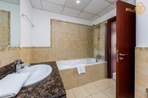 Keysplease Luxury 2 B/R Rimal Beach Apt, Apartmány  Dubaj - big - 4