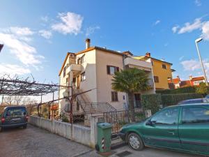 Apartments Milan 1048