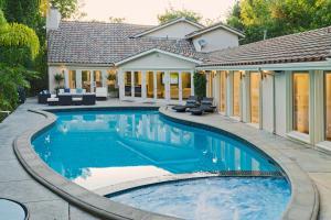 Raya's Los Angeles Villa
