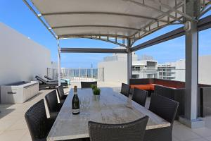 SurfAir Marcoola Penthouse