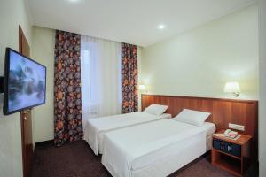 Гостиница Амарис, Отели  Великие Луки - big - 10