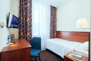 Гостиница Амарис, Отели  Великие Луки - big - 7
