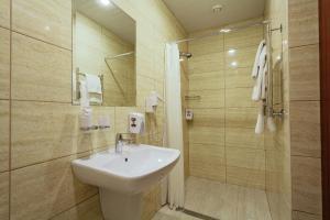 Гостиница Амарис, Отели  Великие Луки - big - 3