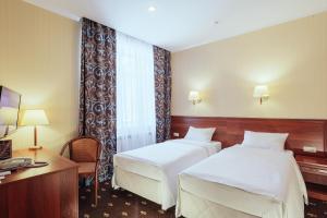 Гостиница Амарис, Отели  Великие Луки - big - 1