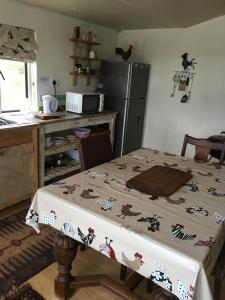 Sanctum Cottages, Farm stays  Grabouw - big - 23