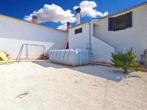 House Sandra 1430