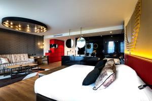 Hard Rock Hotel Tenerife, Rezorty  Adeje - big - 10