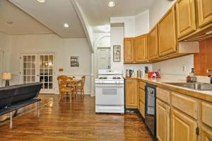 Iconic Beacon Hill Apartment on Quiet Street, Apartmanok  Boston - big - 6