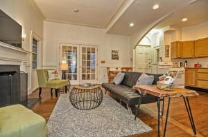 Iconic Beacon Hill Apartment on Quiet Street, Apartmanok  Boston - big - 5