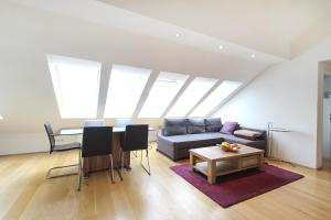 Anna Maria Deluxe Apartments