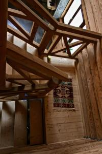 Canadian Log House, Villas  Bakuriani - big - 3