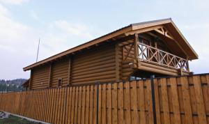 Canadian Log House, Villas  Bakuriani - big - 5