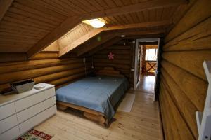 Canadian Log House, Villas  Bakuriani - big - 12