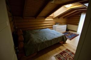 Canadian Log House, Villas  Bakuriani - big - 13