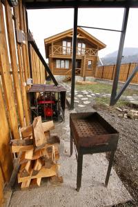 Canadian Log House, Villas  Bakuriani - big - 27