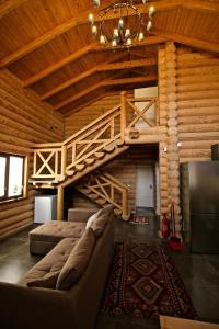 Canadian Log House, Villas  Bakuriani - big - 54
