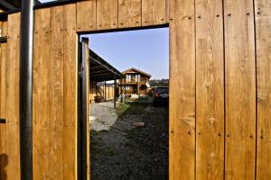 Canadian Log House, Villas  Bakuriani - big - 57