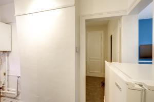 APPTHOME 3 Rouen Sud - Cléon - Elbeuf, Apartments  Elbeuf - big - 12