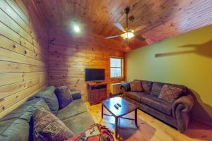 Sweet Rustic Dreams, Holiday homes  Bridgewater Center - big - 2