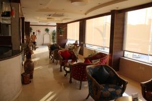 Dorar Darea Hotel Apartments - Al Mughrizat, Residence  Riyad - big - 29