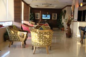 Dorar Darea Hotel Apartments - Al Mughrizat, Residence  Riyad - big - 33