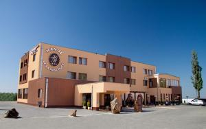 Hotel Hanul de la Rascruce, Hotely  Arad - big - 1