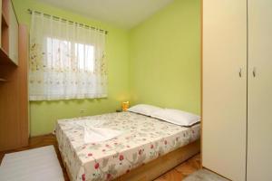Apartment Jelsa 4586a, Апартаменты  Елса - big - 2