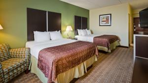 Best Western Airport Inn & Suites Cleveland, Szállodák  Brook Park - big - 32