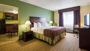 Best Western Airport Inn & Suites Cleveland, Szállodák  Brook Park - big - 28