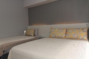 Cebu Hotel Plus, Отели  Себу - big - 3