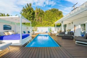 Beautiful West Hollywood Home with Heated Pool, Nyaralók  Los Angeles - big - 26