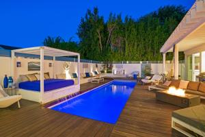 Beautiful West Hollywood Home with Heated Pool, Nyaralók  Los Angeles - big - 40