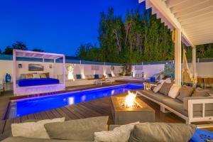 Beautiful West Hollywood Home with Heated Pool, Nyaralók  Los Angeles - big - 38