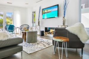Beautiful West Hollywood Home with Heated Pool, Nyaralók  Los Angeles - big - 33