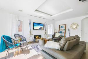 Beautiful West Hollywood Home with Heated Pool, Nyaralók  Los Angeles - big - 8