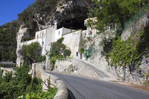Badia Santa Maria de' Olearia - AbcAlberghi.com