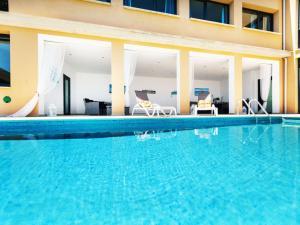 Holiday Home Suites Mas Nou, Holiday homes  Platja  d'Aro - big - 25