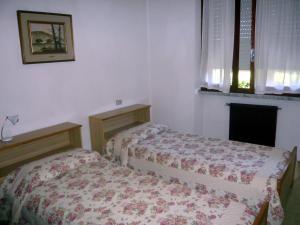 Locazione turistica Roberta.4, Apartmanok  Marina di Bibbona - big - 10