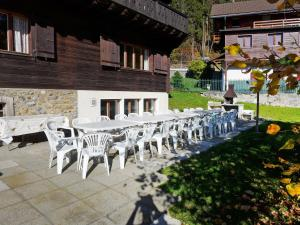 Chalet Riant Soleil, Дома для отпуска  Arveyes - big - 18