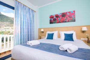 Отель Sunshine (Kamari)