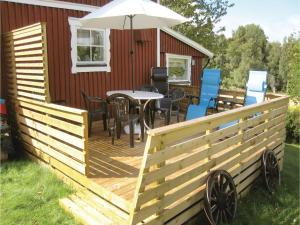 Two-Bedroom Holiday Home in Landsbro, Case vacanze  Landsbro - big - 11