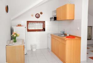 Apartment Novi Vinodolski 5599b, Apartmány  Novi Vinodolski - big - 6