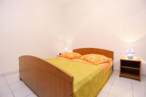 Apartment Poljica 10353b, Apartmanok  Marina - big - 10