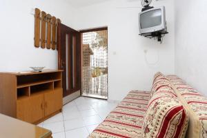 Apartment Poljica 10353b, Apartmanok  Marina - big - 9
